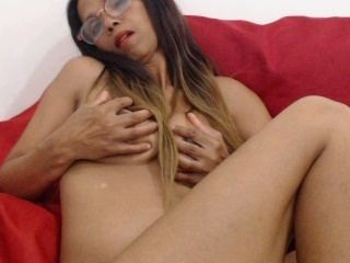 HUNGRYMILF48 Webcam Preview
